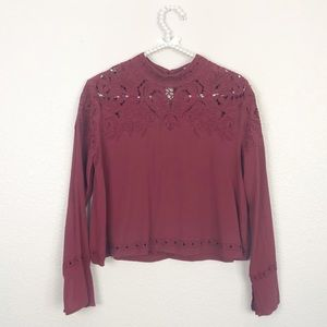 ASTR the label Embroidered Eyelet Top M